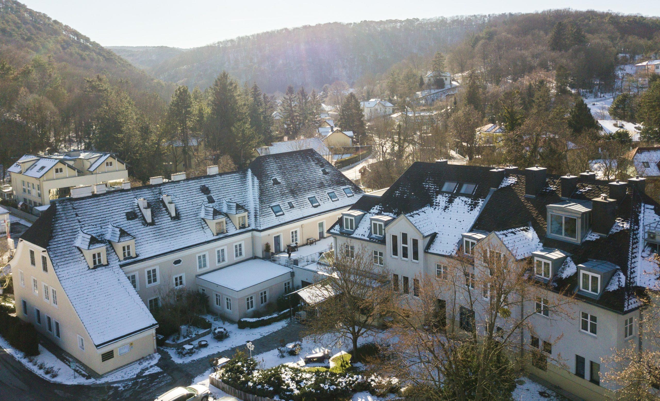 hotel hoeldrichsmuehle im winter ansicht